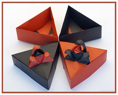 Origami Triangle Box with Rose Motif (Tomoko Fuse) (De Rode Olifant) Tags: origamitriangleboxwithrosemotif tomokofuse triangleboxwithrosemotif origamibox origamitrianglebox origami 3d paper paperart papiroflexia modular origamirose rose marjansmeijsters origamigiftbox fuse box diagrams giftbox rickbeech decorativeorigamiboxes orumagazineno6 coth5