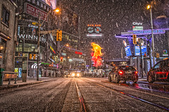 (A Great Capture) Tags: blizzard snow snowy snowing winter toronto ontario canada photographer canadian northamerica on agc 2020 ald jamesmitchell ash2276 adjm l'hiver ashleylduffus torontoexplore wwwagreatcapturecom agreatcapture mobilejay downtown traffic samtherecordman sign