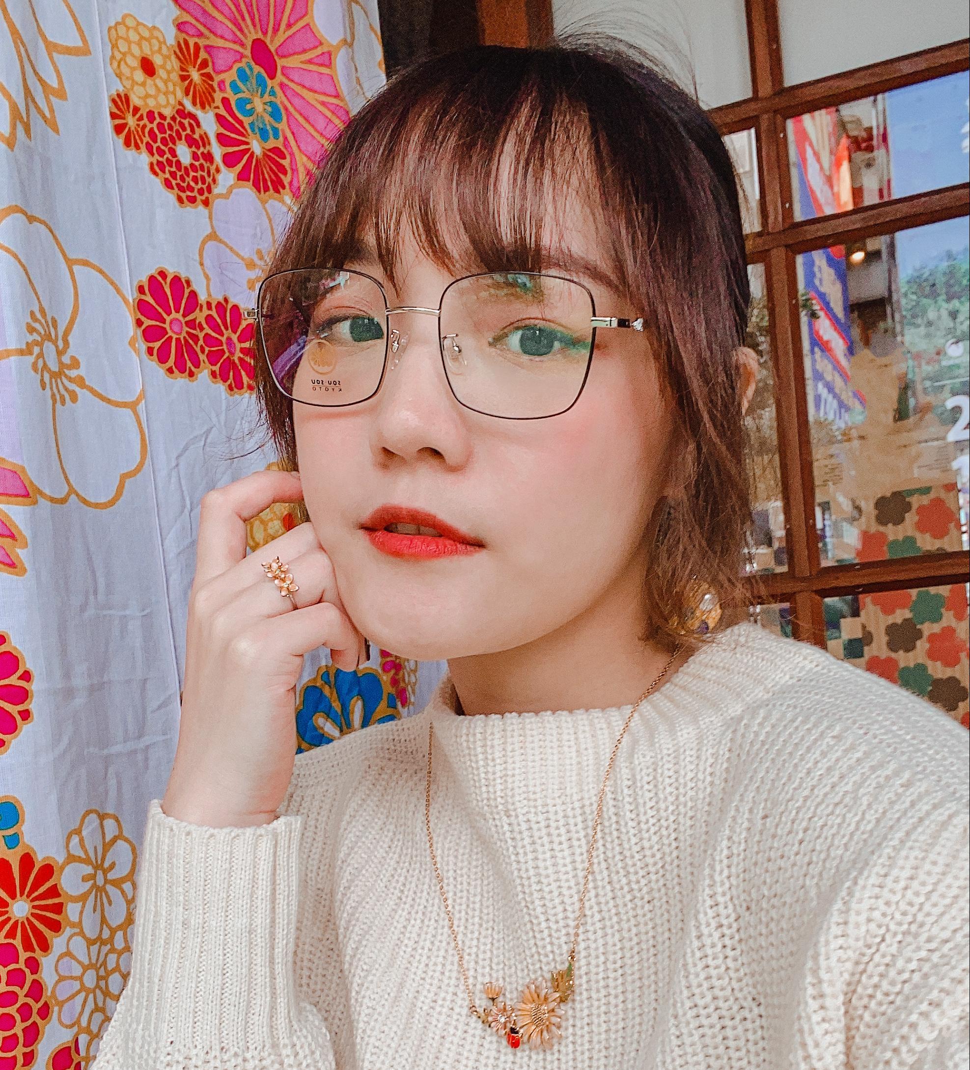 開架美妝推薦|Solone新品分享/緞光唇膏/絲絨霧面唇釉/單色眼影