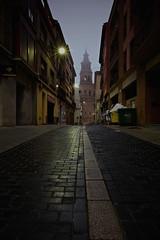 Calle Alfolíes (explore 287) (pascual 53) Tags: alfaro larioja amanecer largaexposicion canon eos5ds 23mm niebla invierno humedad iglesia torre colegiata