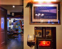 The Oarsman, Marlow (Ian, Bucks) Tags: bar wine pub christmas wineglass logburner fire cosy warm