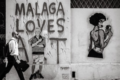 málaga loves art (Gerard Koopen) Tags: málaga españa spain soho streetart wallpainting artists streetphotography street walkingman man candid streetlife urban blackandwhite monochrome noir blackandwhiteonly sony sonyalpha a7iii 24105mm 2019 gerardkoopen gerardkoopenphotography