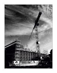 Theatre under construction (Armin Fuchs) Tags: arminfuchs lavillelaplusdangereuse würzburg mainfrankentheater theatre huawei smartphone clouds crane einflussfilter constructionsite opera w