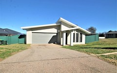17 Molloy Place, Young NSW