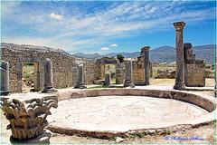 Impluvium  de la  Maison aux colonnes (philippedaniele) Tags: maroc volubilis vestiges vestigesromains colonnes chapiteaux implévium