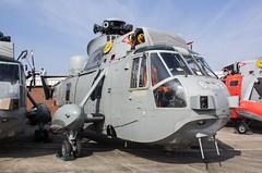 XZ581 Westland Sea King HAS.6 @ HMS Sultan, Gosport, Hampshire. (Sw Aviation) Tags: hms sultan gosport hampshire xz581 helicopter flying flight storage wreck relic helo avgeek planes aeroplane airplane
