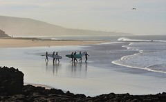 Surfers (EvenHarbo) Tags: nikond7100 nikon marokko moroc morocco taghazout surfer surfing waves wave ocean africa reflection beach landscape