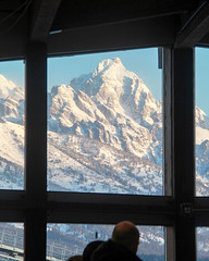 A Grand Window - HWW! (RPahre) Tags: grandtetonnationalpark grandtetons grandteton jackson jacksonhole hww window airport jacksonholeairport winter