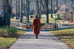 A walk in the Park (picsessionphotoarts) Tags: deutschland germany nikon nikonphotography nikonfotografie nikond850 streetportrait downtown streetphotography moments urbanromantix streetphotomag streetphotoawards streetphotographers thestreetphotographyhub streetpeople rothenburg rothenburgobdertauber afsnikkor80400mmf4556gedvr inthepark