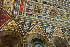 Toskana - Siena 2019 - Santa Maria Assunta (PictureBotanica) Tags: italien italy toscana toskana siena kirche dom gebäude historisch