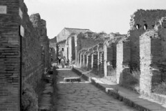Found Photo - Italy - Pompeii 04r45 George Fay Photo (David Pirmann) Tags: foundphoto georgefayphoto roman italy ruins archaeology pompeii