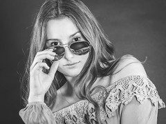IMG_0859 (photo.bymau) Tags: bymau canon portrait exterieur outdoor portraiture face nice girl shooting beautiful fashion follow cute fun beauty studio model modele color close visage expression yeux eye regard amateur retrato ritratto porträt 5d foire fête foraine