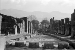 Found Photo - Italy - Pompeii 04r41 George Fay Photo (David Pirmann) Tags: foundphoto georgefayphoto roman italy ruins archaeology pompeii