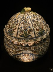 Lidded Bowl, 19C, Persia (jacquemart) Tags: exhibition inspiredbytheeast britishmuseum london liddedbowl 19c persia