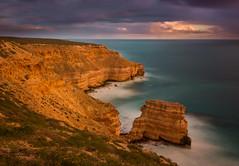 Three minutes at Castle Cove (snowyturner) Tags: westernaustralia kalbarri longexposure rocks cliffs sandstone clouds landscape indianocean smooth