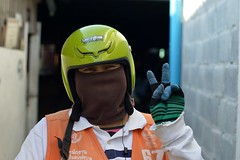 yesterday, our air, the 3rd worst in the world (the foreign photographer - ฝรั่งถ่) Tags: woman motorcycle taxi driver face mask black helmet khlong thanon portraits bangkhen bangkok thailand nikon d3200