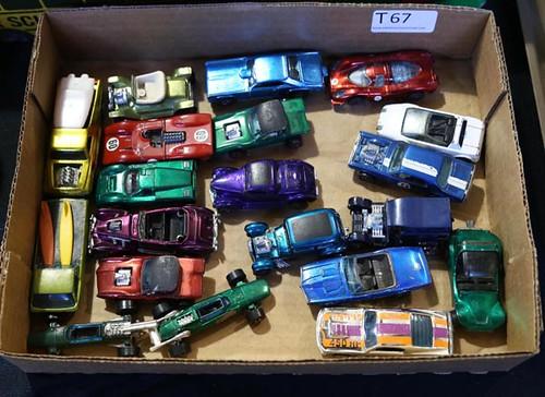 Lid lot with Redline Hotwheels ($560.00)