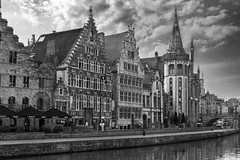 Korenlei Quay, Ghent (Sorin Popovich) Tags: ghent gent flanders belgium monochrome blackandwhite bw architecture