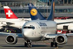 Lufthansa, D-ABJB (timo.soyke) Tags: lufthansa boeing b737 b737530 dabjb ham eddh hamburg hamburgairport plane aircraft airplane flugzeug start takeoff lineup fliegen nikon d70s nikond70 nikond70s