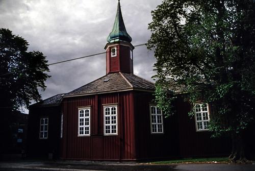 "Norwegen 1998 (476) Hospitalskirken • <a style=""font-size:0.8em;"" href=""http://www.flickr.com/photos/69570948@N04/49354719928/"" target=""_blank"">Auf Flickr ansehen</a>"