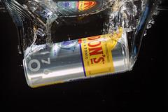 Gin & Tonic,... (Wim van Bezouw) Tags: gin tonic water splash highspeed sony ilce7m2 pluto