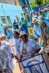Festa de N. Sra. do Rosário (Raul Lisboa) Tags: brasil centrohistórico cidadehistórica conceiçãodomatodentro congado festadensrarosário manifestaçãoreligiosa marujada minasgerais moçambique pessoas procissão reisado rua serradoespinhaço