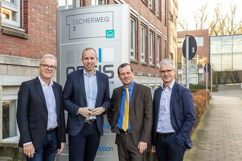 Gespräch mit der Leitung des Oldenburger Informatik-Instituts OFFIS zum neuen DLR-Institut in Oldenburg.