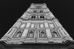 Cathedral (Robycrux) Tags: amazing astonishing hystory story architecture art canon souvenire arno duomo tuscany florence tourism turism chill shops gallery window shopping lights cold family holidays walking italy chestnuts winter inverno architectura black white bw bianco e nero firenze