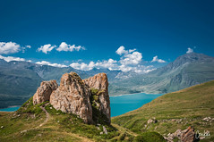 The Rock (conikon.pictures) Tags: montcenis montagne mountain d90 nikon sigma savoie valcenis lans lanslebourg alpes alpen maurienne hautemaurienne ciel sky lac lake