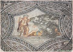 Mosaïque au sol de Cupidon  -maison au Cavalier (philippedaniele) Tags: maroc vestiges vestigesromains volubilis mosaïques sol maisons cupidon bacchus ariane