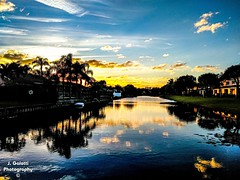 What a relaxing view to end yesterday. (Jasongalotti) Tags: sunsets sunset goodevening outdoorphotography southfloridaweather wow beautifulweather beautiful relaxing sky