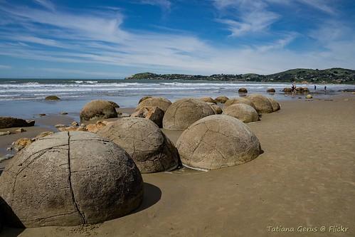 Moeraki Boulders - natural phenomenon