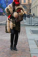 un pò di rosso (archgionni) Tags: strada street colori colours rosso red ragazza girl cellulare mobile piazza square camminare walking