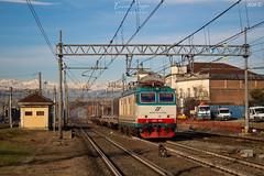 Un piccolo Torino - Livorno (Enrico Suppo) Tags: e652 mir merci treni duine pianali mercitalia mercitaliarail torino trofarello livorno