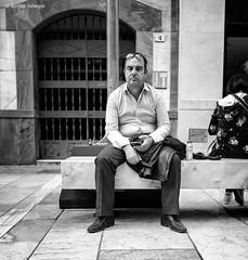 El mensaje / The message (Bart van Hofwegen) Tags: man bench sit phone smartphone sitting street streetphotography streetportrait urban urbanphotography urbanlife city citystreet citylife citypeople monochrome blackandwhite málaga malaga