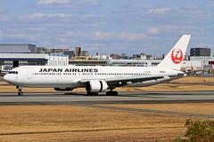 JA613J Japan Airlines  Boeing 767-346/ER (阿樺樺) Tags: ja613j japanairlines boeing 767346er