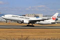 JA010D Japan Airlines - JAL  Boeing 777-289 (阿樺樺) Tags: ja010d japanairlines jal boeing 777289