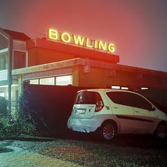Bowling (Christopher Magni Kjerholt) Tags: mamiya c330 80mm 2 kodakektar100 100 herning denmark medium format 6x6