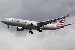 American Airlines N274AY LHR 07/08/19 (ethana23) Tags: planes planespotting aviation avgeek aircraft aeroplane airplane airbus a330 a330300 american americanairlines aa