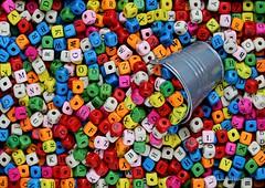 LETTER-BEADS  || LETTRKRALEN (Anne-Miek Bibbe) Tags: smileonsaturday happpysmileonsaturday beads kralen letterbeads letterkralen canoneos70d annemiekbibbe bibbe nederland 2020 tabletopphotography kleuren colors farben colori colores cores perles perline