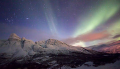 Arctic, Tromso, Norway (José Rambaud) Tags: northernlights auroraboreal auroraborealis tromso noruega norway cielo sky skyscape nubes clouds cloudscape winter invierno nieve snow snowcapped mountains mount montañas montagnes