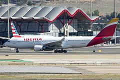 EC-MLB | Iberia | Airbus A330-202 | CN 1736 | Built 2016 | MAD/LEMD 25/09/2019 (Mick Planespotter) Tags: aircraft airport 2019 adolfosuárez barajas madrid madridbarajas nik sharpenerpro3 widebody a330 a302 aviation avgeek plane planespotter airplane aeroplane ecmlb iberia airbus a330202 1736 2016 mad lemd 25092019 jet spotter iag