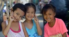 cute girls (the foreign photographer - ฝรั่งถ่) Tags: cute girls children three khlong lard phrao portraits bangkhen bangkok thailand nikon d3200