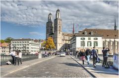 151-AL FONDO  LA CATEDRAL DE  ZURICH (Suiza) (--MARCO POLO--) Tags: templos iglesias edificios arquitectura rincones ciudades