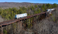 This is the Way (Carlos Ferran) Tags: ge b237 lhoist north america time zone bridge westel tennessee central southern serves south