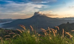 To Make You Feel My Love (Anna Kwa) Tags: mountbatur sunrise activevolcano kintamani bali indonesia annakwa nikon d750 2401200mmf40 my love feel always seeing heart soul throughmylens life journey fate destiny whatmatters travel world makeyoufeelmylove adele warmth sunlight