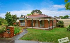 27 Adelaide Close, Berwick VIC