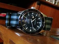 IMG_20200110_152225 (imranbecks) Tags: omega seamaster 300 master coaxial chronometer calibre 8400 antimagnetic 300mc sm300 liquidmetal ceramic bezel watch watches dive diver divers timepiece 23330412101001 james bond 007 nato strap