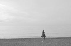 Om...Om...Om (Tomás Hornos) Tags: playaalmuñécar sancristóbal arena mar sea beach agua whater objetivofijo lens fixedlens primelens nozoom 35mm winter blancoynegro blackandwhite blackwhite monocromo monochrome monocromático d7100