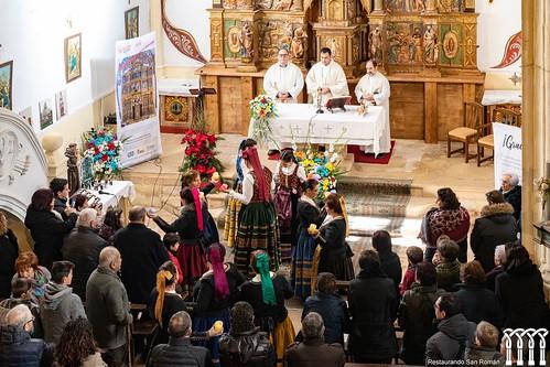 """Inauguración de la restauración del retablo de Quintanilla de Riofresno • <a style=""""font-size:0.8em;"""" href=""""http://www.flickr.com/photos/141347218@N03/49361135241/"""" target=""""_blank"""">View on Flickr</a>"""